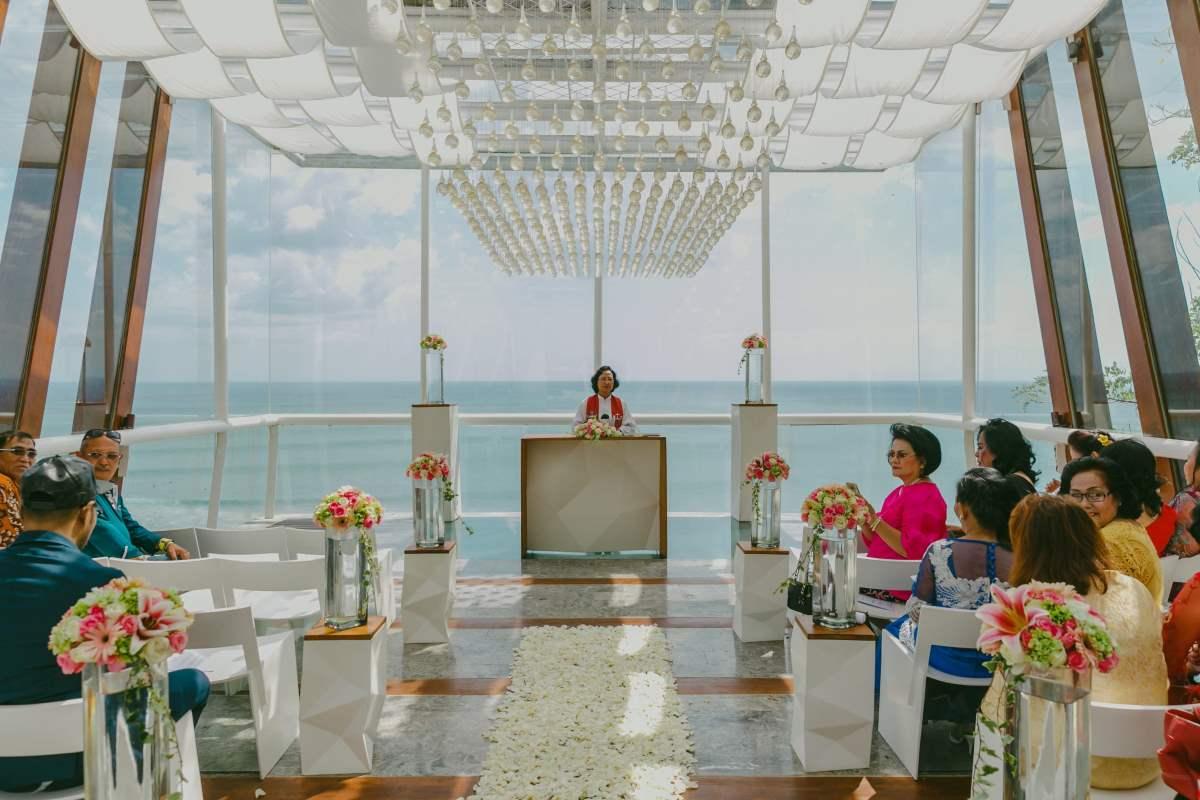 bali chapel wedding uluwatu