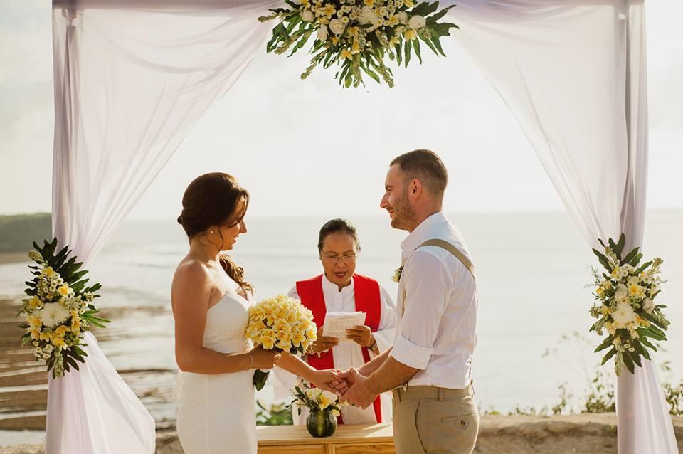 Balangan-cliff-top-bali-wedding-6-Bali-Moon-Wedding-balimoonwedding-baliclifftopwedding-balioceanviewwedding