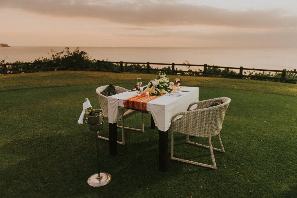 Romantic dinner at Bali Clifftop Wedding by Bali Moon Wedding