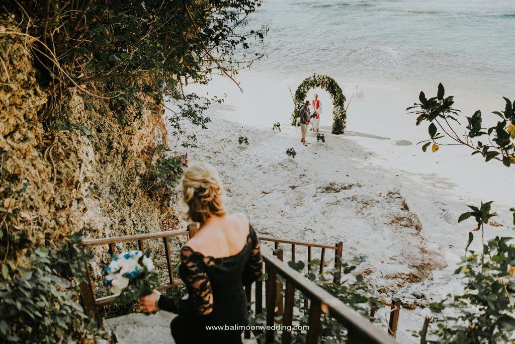 Bali Moon Wedding Secluded beach wedding