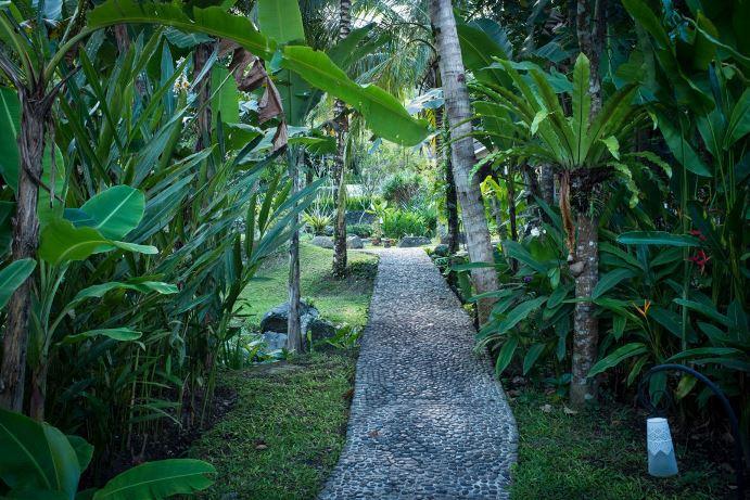 Bali-jungle-river-side-wedding-venue-Bali-Moon-Wedding