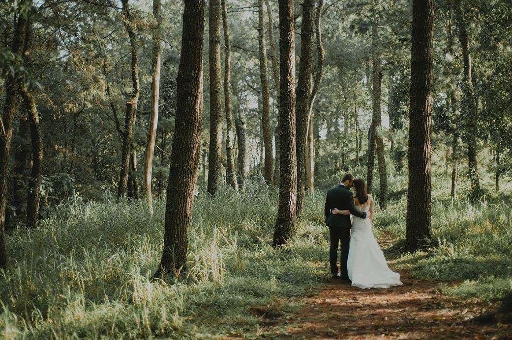 Elope-in-Bali-forest-venue-Bali-Moon-Wedding-Bali-forest-wedding