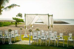 Tuban Holiday Inn Baruna Elopement Wedding Package