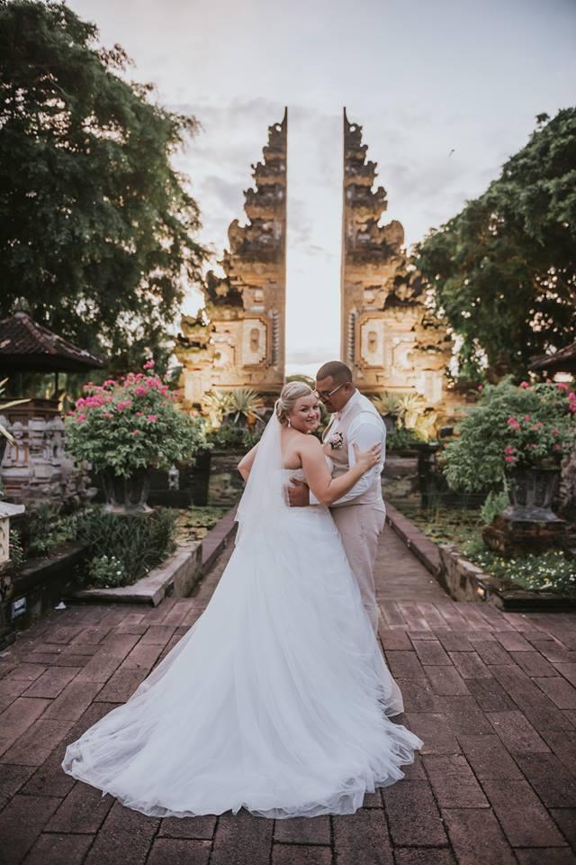 Bali Moon Wedding - Front Beach Wedding Venue (FILEminimizer)