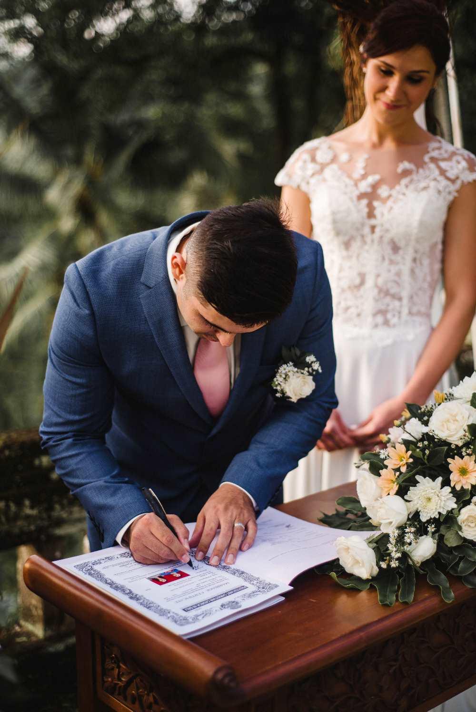 Menikah Legal di Bali