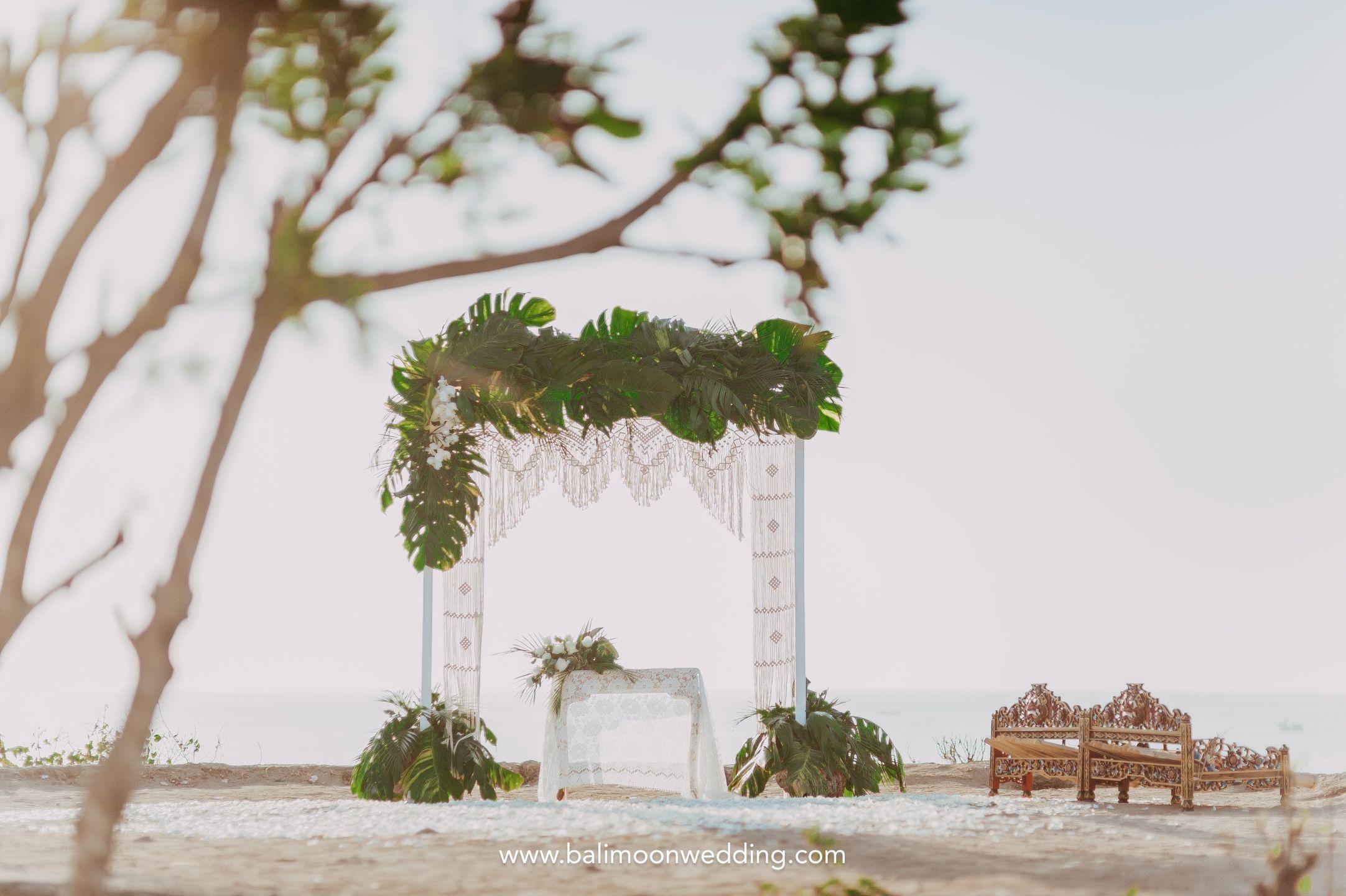 Bali Moon Wedding - Bali Cliff Wedding - Bali Wedding - Bali Elopement