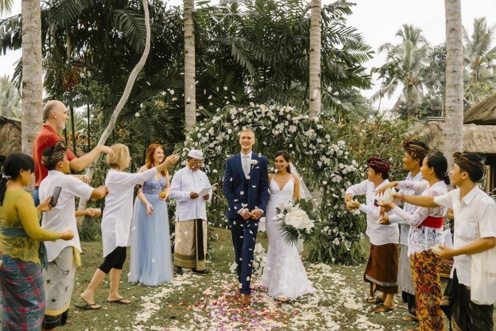 Jonathan-Rebekah-Bali-Moon-Wedding-Reviews