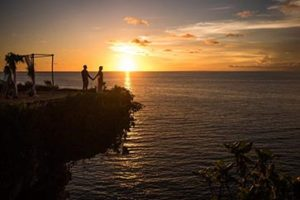 Bali clifftop wedding with amazing ocean view by Bali Moon Wedding