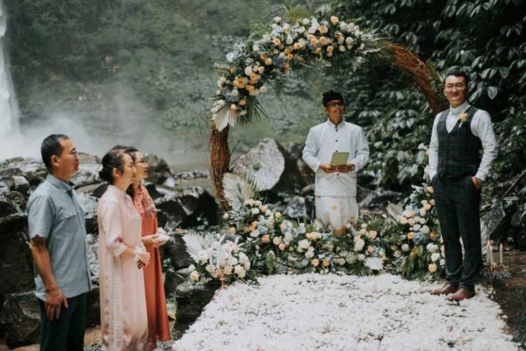 Bali-Moon-Wedding-Celebrant
