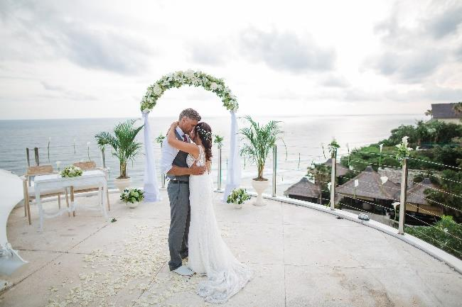 Karma Kandara Ocean View Clifftop Wedding - Bali Moon Wedding
